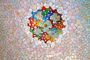 mosaic tile art using broken pieces of glass and plates